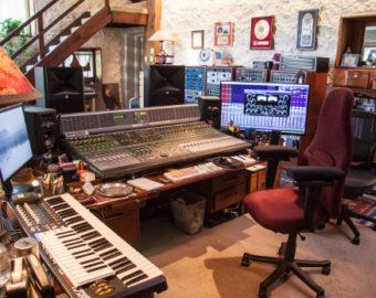 living-room-side520